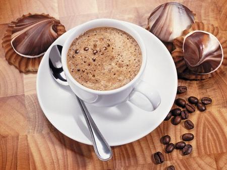 Вам кофе или бензин?
