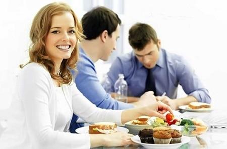 Кейтеринг - просто находка для вечно занятых офисных работников