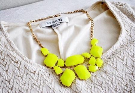 Стильные hand-made украшения оценят модницы