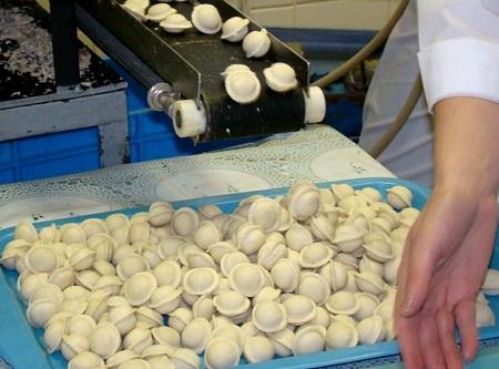 Автоматизация значительно упрощает производство пельменей
