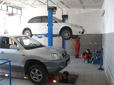 Даже в небольших городках все передвигаются на машинах