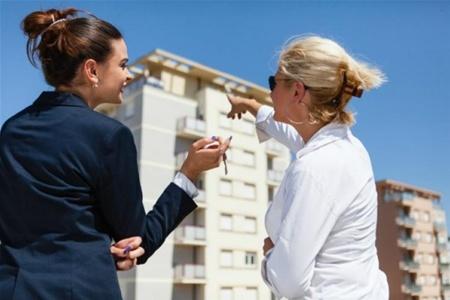 Ваш главный козырь - это умение уговорить на совершение сделки
