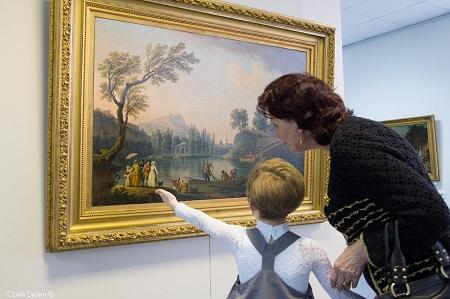 Ищите квалифицированных специалистов для вашей галереи