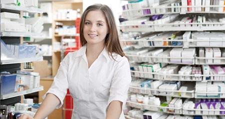 Персонал обязательно должен иметь фармацевтическое образование