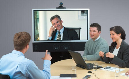 Участники онлайн-конференции могут находиться по разные стороны океана