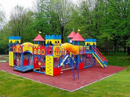 Современные площадки - рай для детей