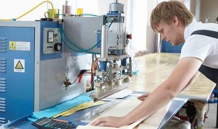Бизнес на производстве натяжных потолков