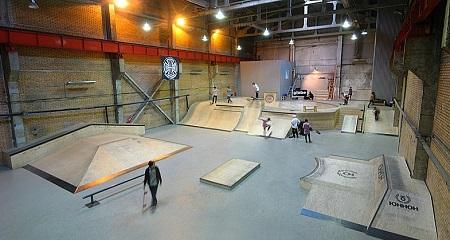 Крытый скейт парк